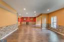 Recessed lighting, stone detail - 31 LIBERTY KNOLLS DR, STAFFORD