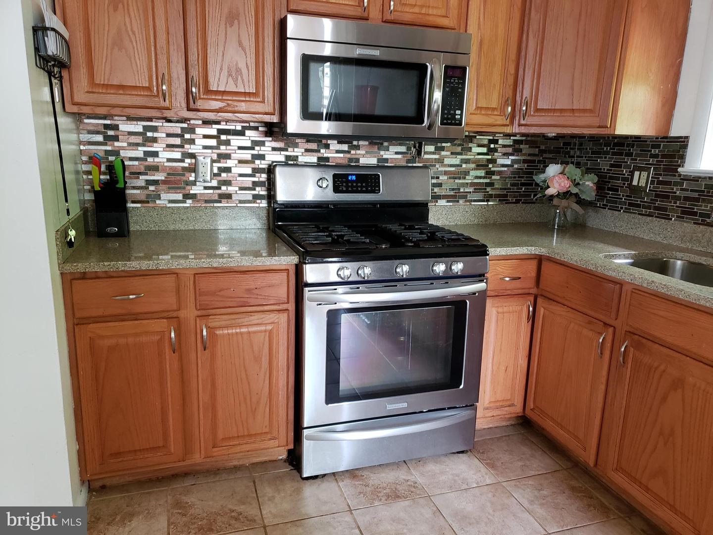 Additional photo for property listing at 6922 Briarcliff Dr Clinton, Maryland 20735 United States