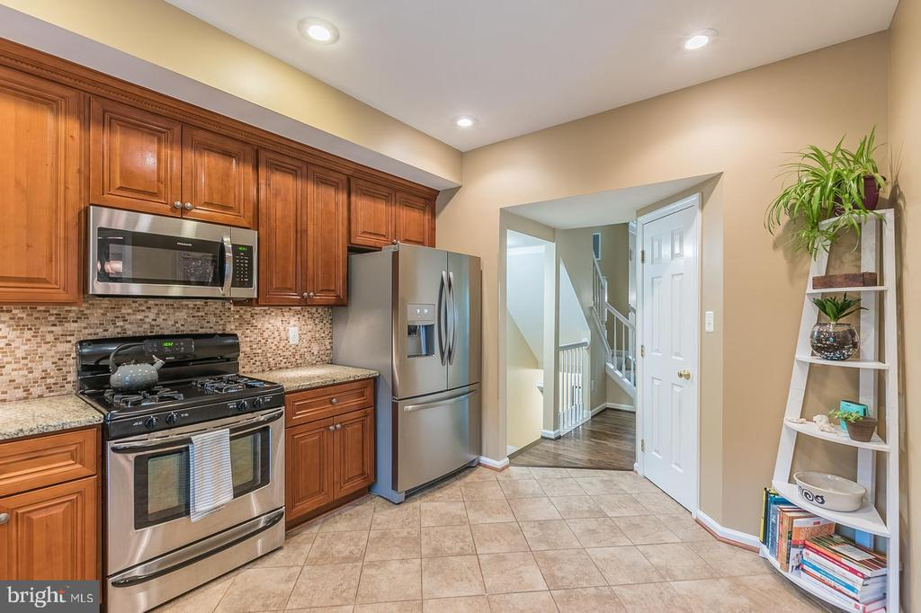- 20340 BRIARCLIFF TER, STERLING