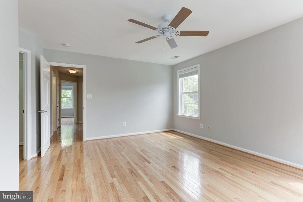 Master Bedroom - 47831 SCOTSBOROUGH SQ, STERLING