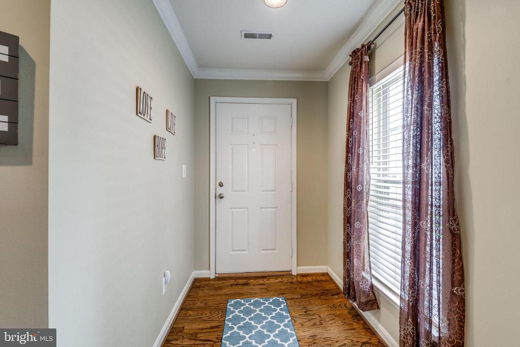 Hardwood Floors - 20980 KITTANNING LN, ASHBURN