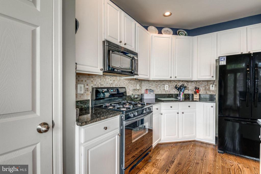 Backsplash - 20980 KITTANNING LN, ASHBURN
