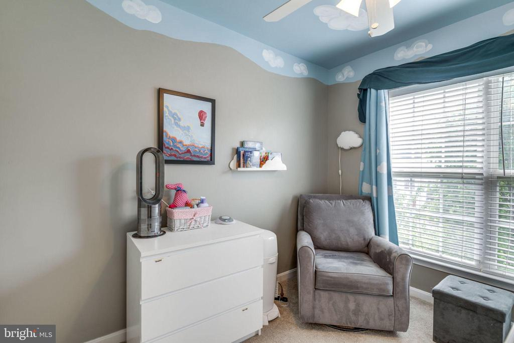 Adorable Nursery! - 20980 KITTANNING LN, ASHBURN