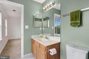 Owner's bath with plenty of light - 1001 MONTGOMERY ST, LAUREL