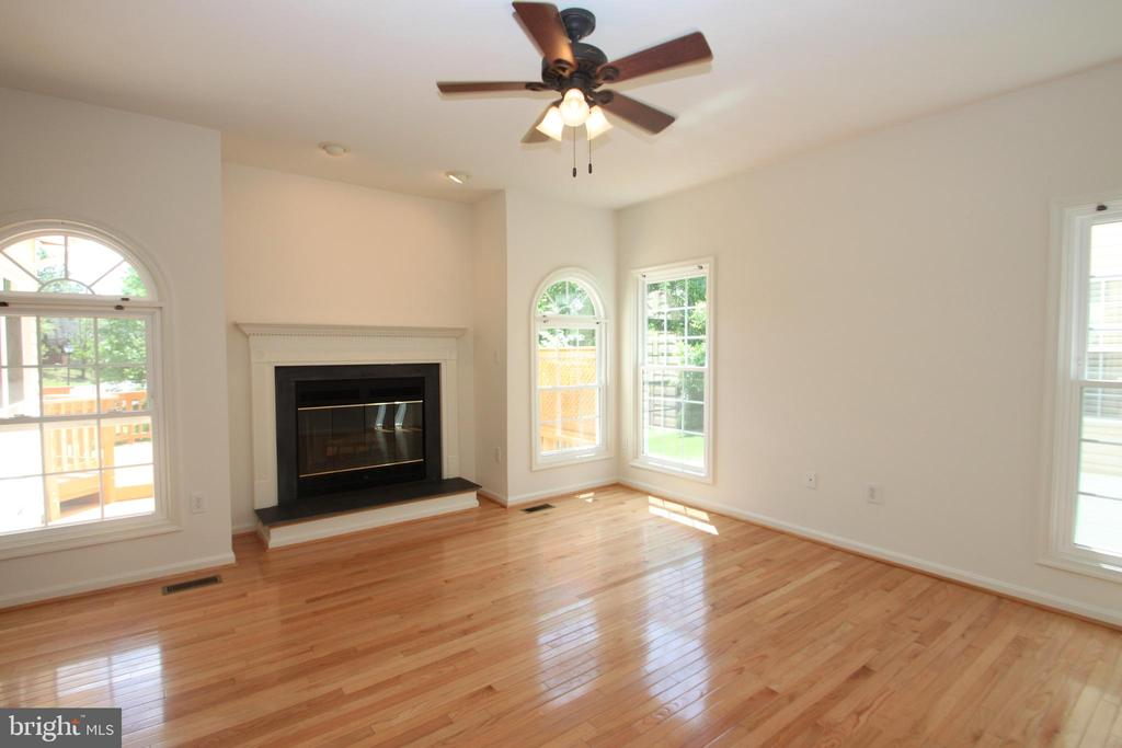 Family Room with Wood Burning FP - 1 KIMBERLY DR, STAFFORD