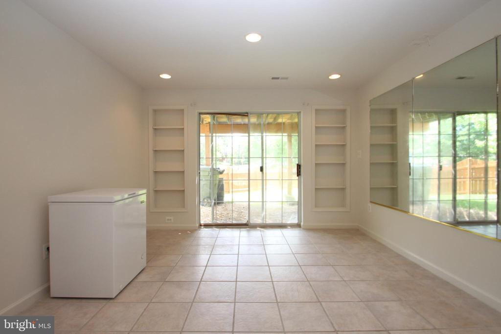 Lower Level Rec Room - 1 KIMBERLY DR, STAFFORD
