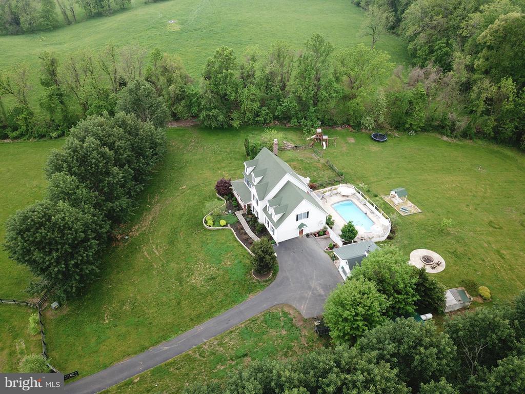 Aerial View - Side - 17969 BATTLE PEAK CT, HAMILTON
