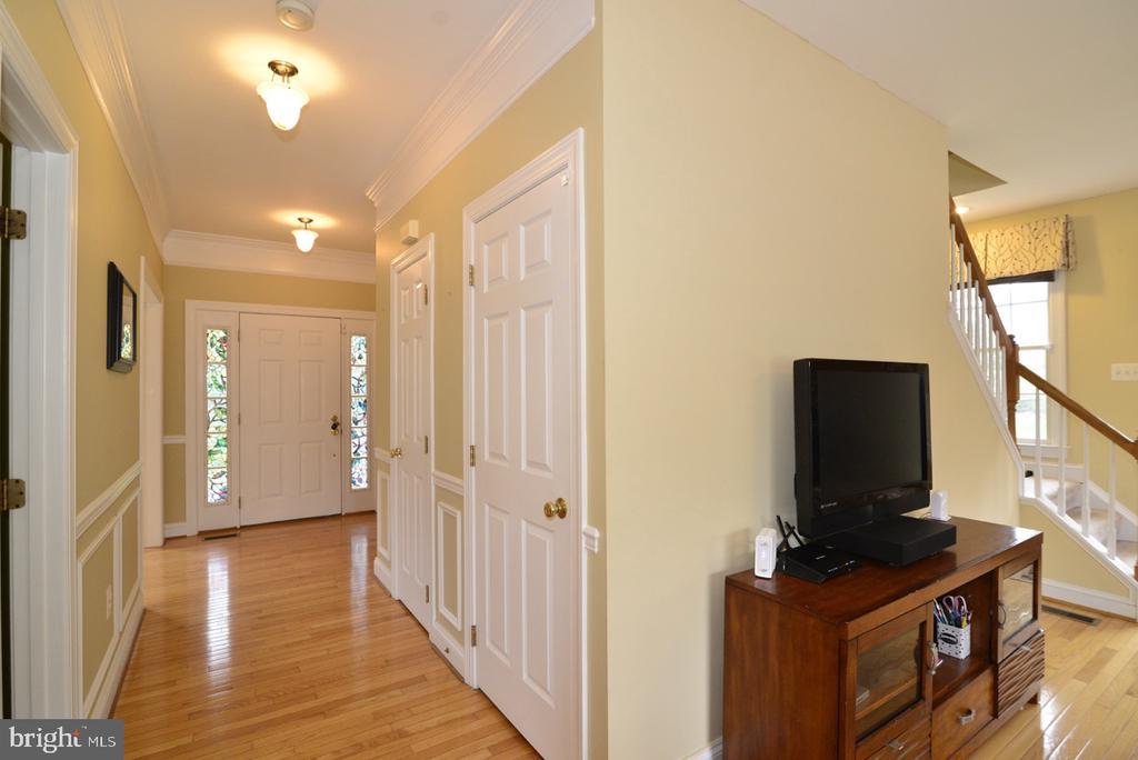 Foyer - 17969 BATTLE PEAK CT, HAMILTON