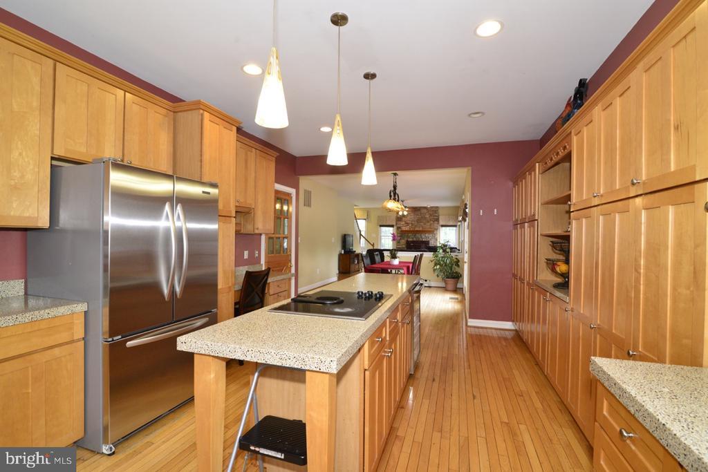 Kitchen - 17969 BATTLE PEAK CT, HAMILTON
