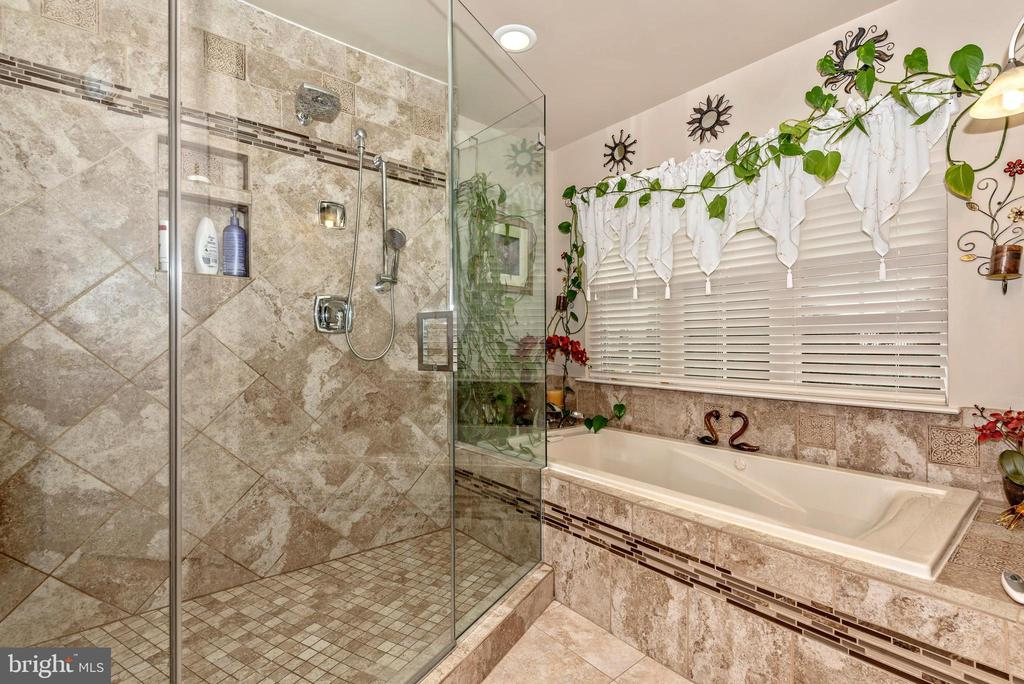 Nothing to do but relax here! - 1808 GREYSENS FERRY CT, POINT OF ROCKS