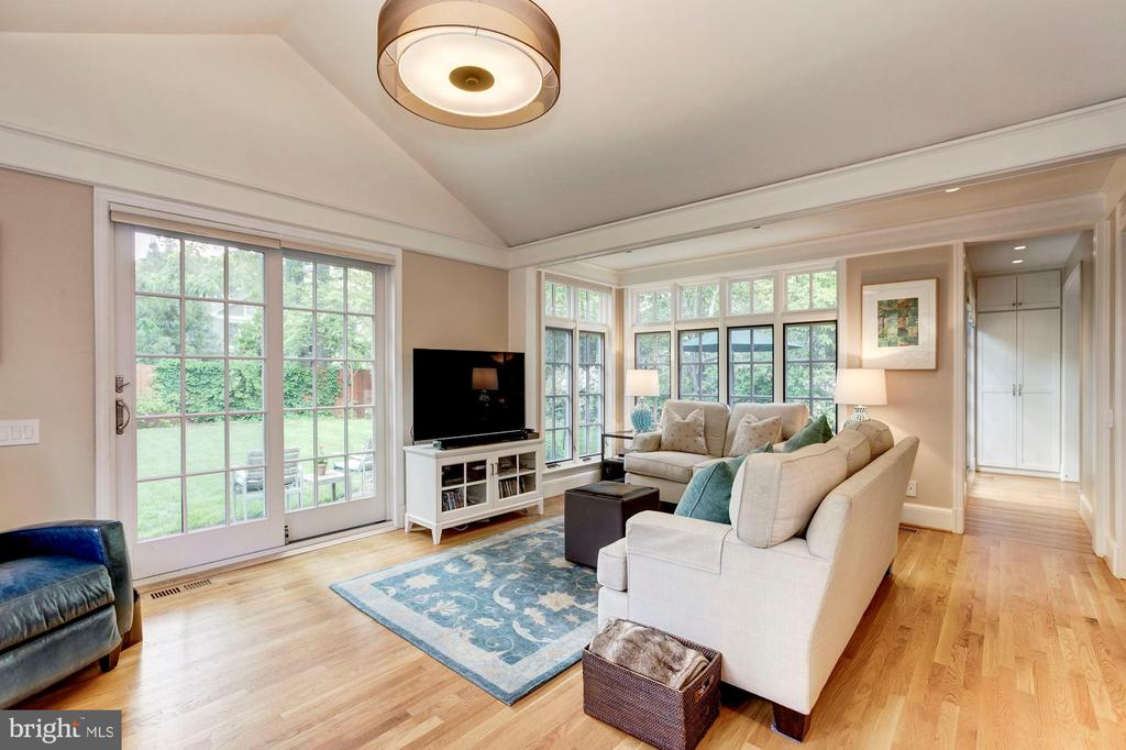 Family Room with Vaulted Ceiling - 4810 ESSEX AVE, CHEVY CHASE
