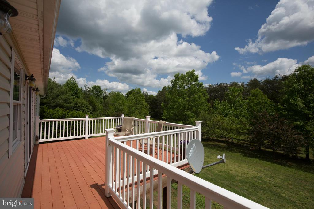 Large rear deck ~ - 87 LONESOME FLATS RD, FRONT ROYAL