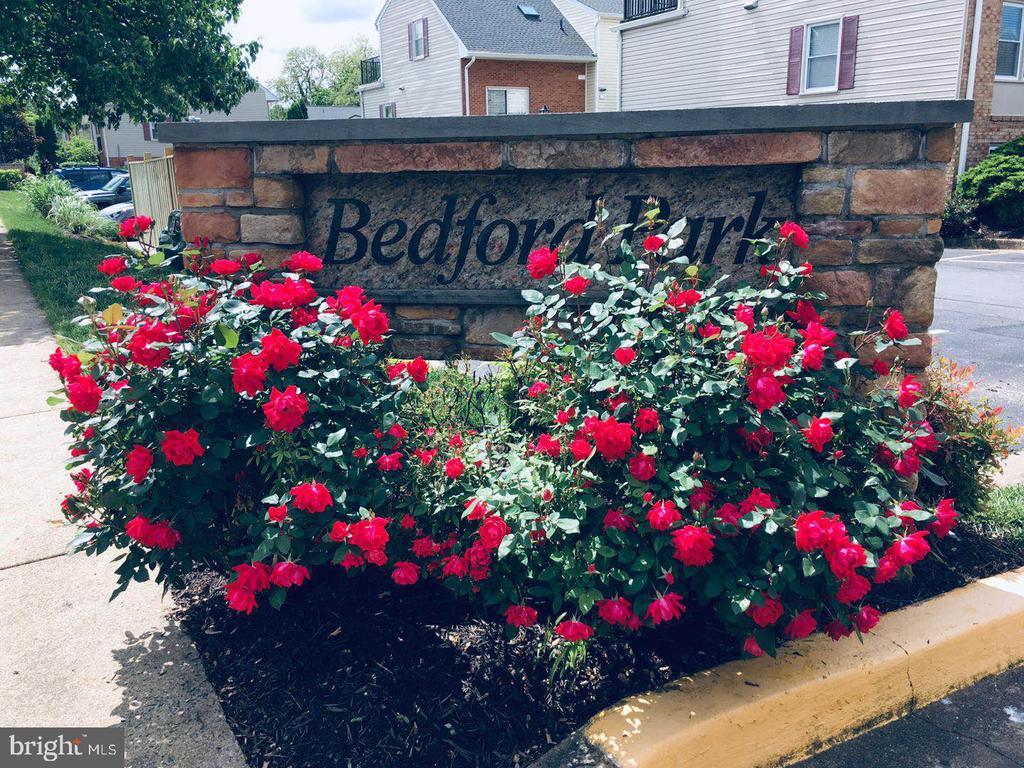 - 68 N BEDFORD ST #68A, ARLINGTON