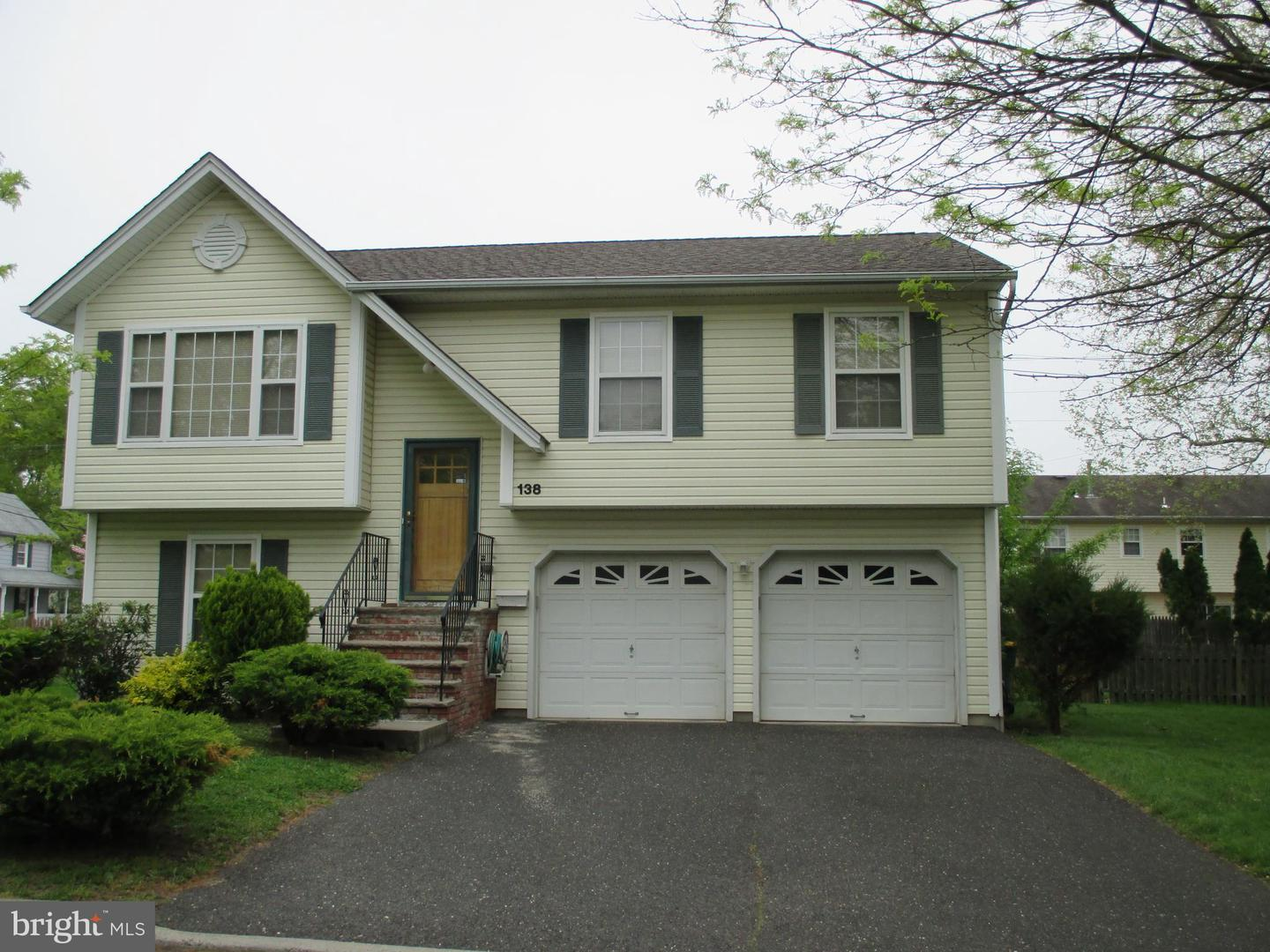Single Family Home for Sale at Hightstown, New Jersey 08520 United States