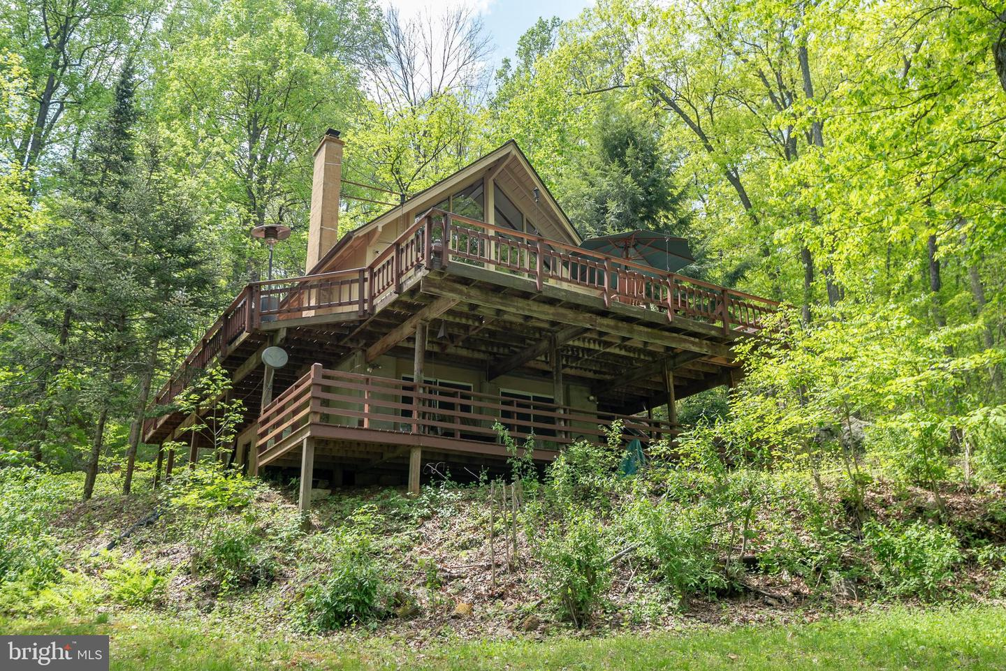 Single Family for Sale at 231 Shady Tree Ln Front Royal, Virginia 22630 United States