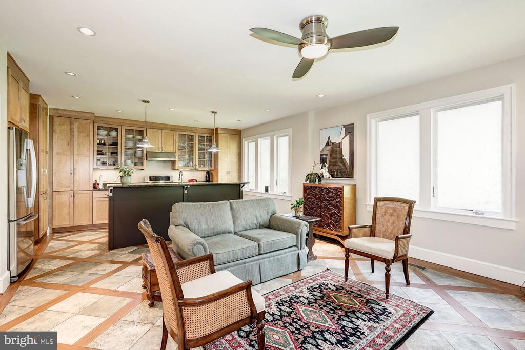 Kitchen/Family Room - 4423 SPRINGDALE ST NW, WASHINGTON