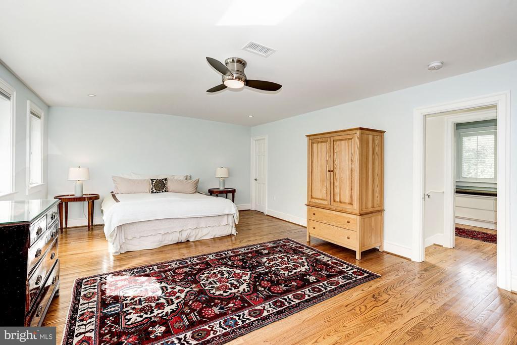 Master bedroom has two large storage closets - 4423 SPRINGDALE ST NW, WASHINGTON