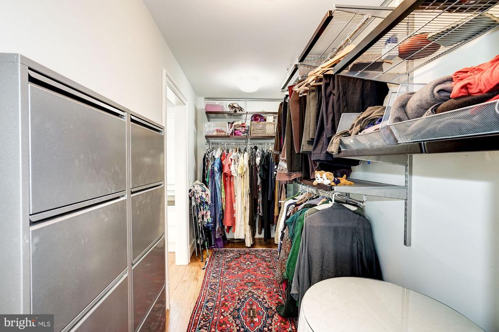 Walk in Closet - 4423 SPRINGDALE ST NW, WASHINGTON