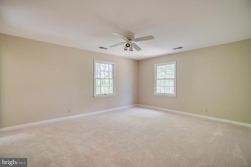 Master Bedroom - 74 DISHPAN LN, STAFFORD
