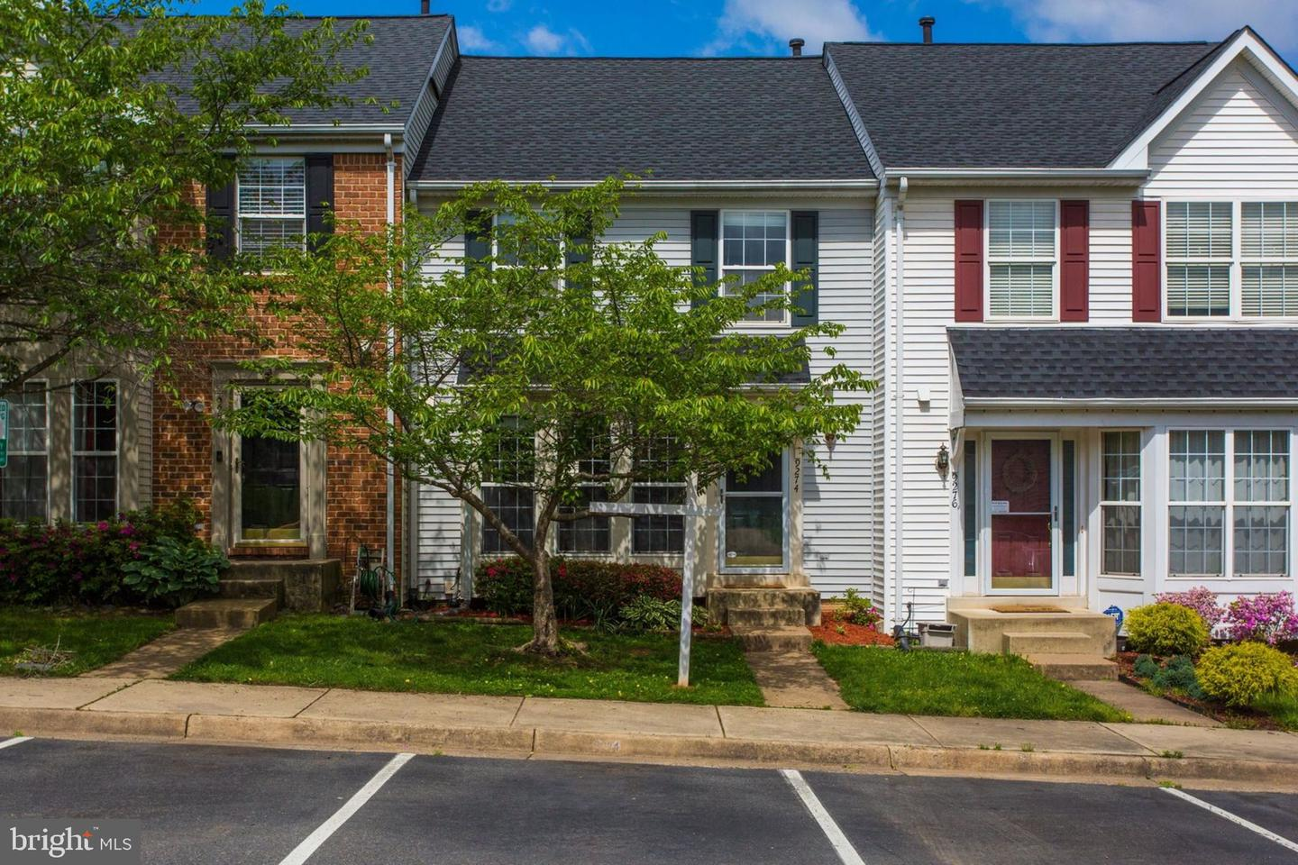 Single Family for Sale at 9274 Kristy Dr Manassas Park, Virginia 20111 United States