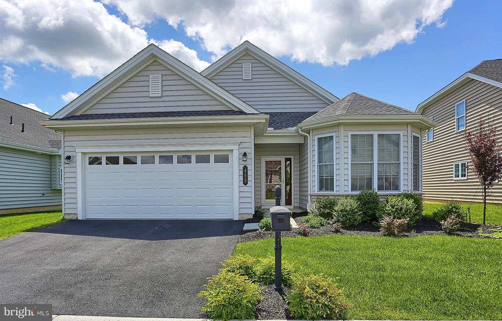 453  SETTLERS DRIVE, Manheim Township in LANCASTER County, PA 17543 Home for Sale