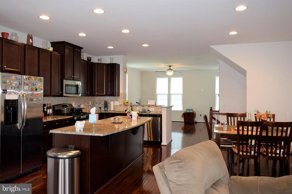 Open concept/Kitchen/Dining/ Living area - 22876 CHESTNUT OAK TER, STERLING