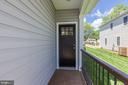 Inviting front porch - 109 WILSON AVE NW, LEESBURG