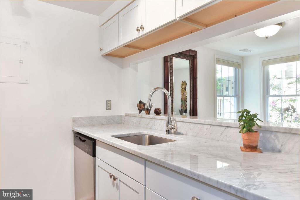 Kitchen - 2809 S WOODROW ST #A, ARLINGTON