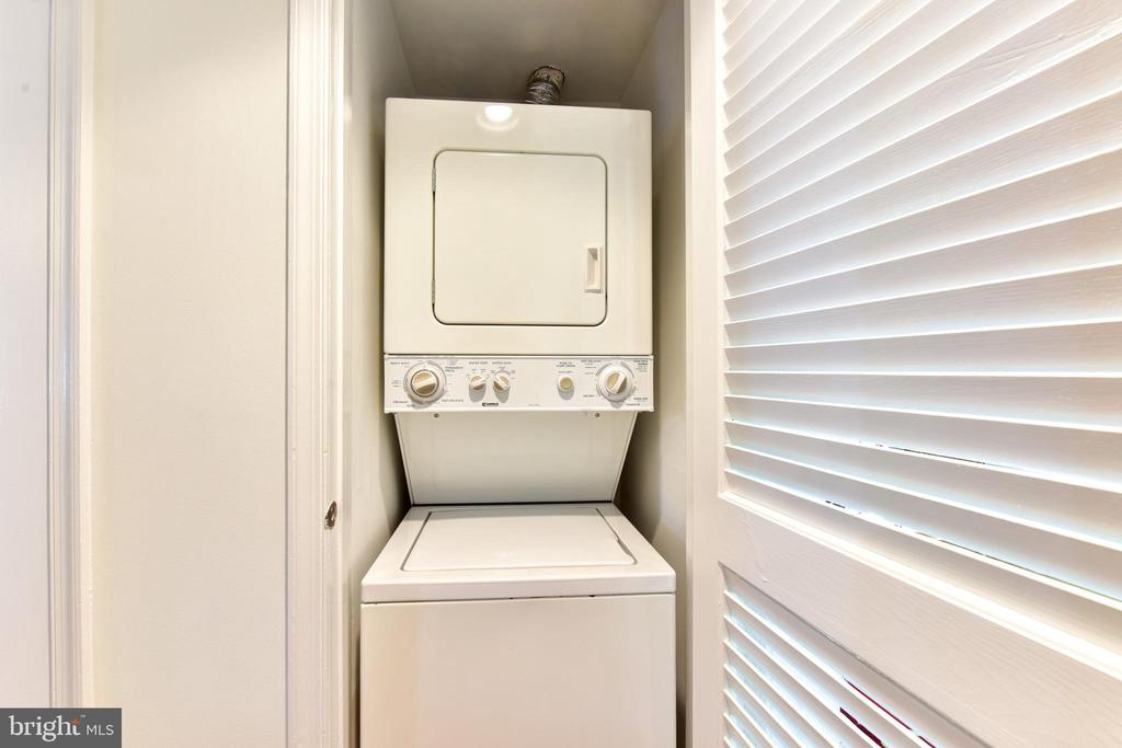 Washer/Dryer in Unit - 2809 S WOODROW ST #A, ARLINGTON