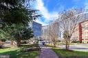 Walk in the River Place Courtyards - 1121 ARLINGTON BLVD #1006, ARLINGTON