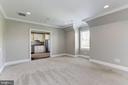 Au-Pair suite bedroom - 22883 CREIGHTON FARMS DR, LEESBURG