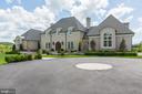 Circular driveway - 22883 CREIGHTON FARMS DR, LEESBURG