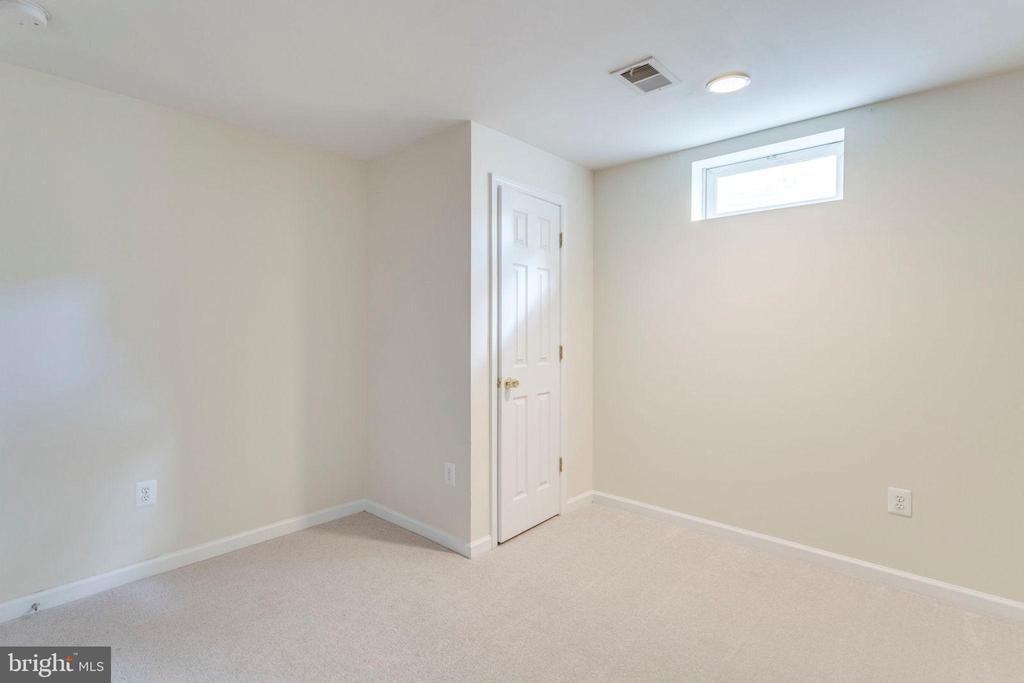Basement bedroom 2 - 3813 NALLS RD, ALEXANDRIA