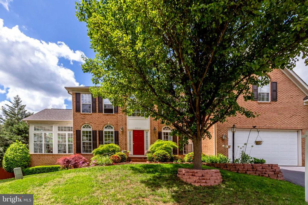 Elegant brick colonial in Mount Vernon - 3813 NALLS RD, ALEXANDRIA
