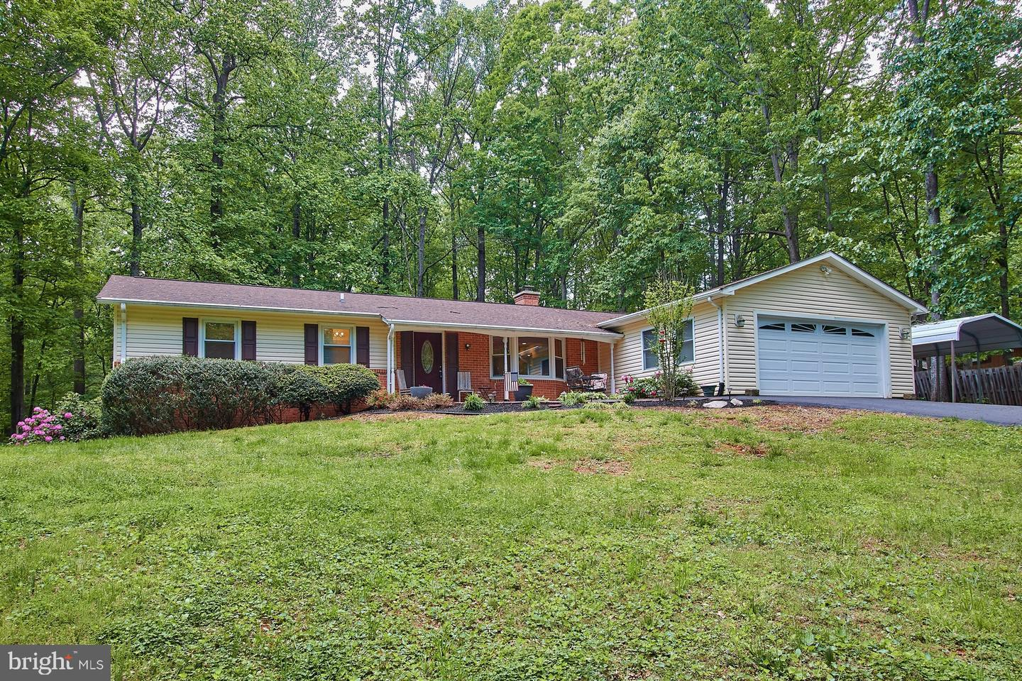 1404 SPRING LAKE DRIVE, HAYMARKET, Virginia