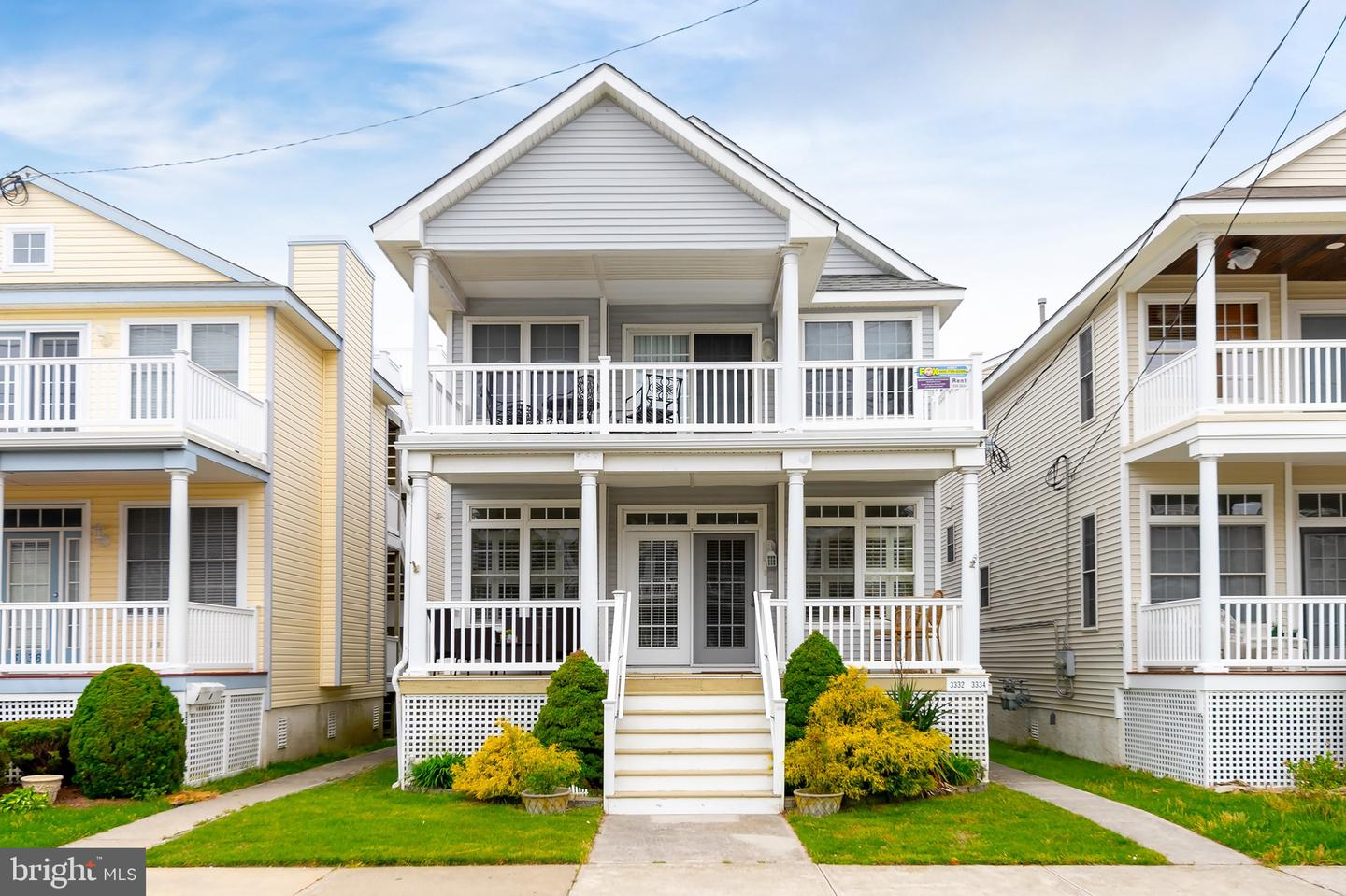Photo of home for sale at 3332 Asbury Avenue, Ocean City NJ
