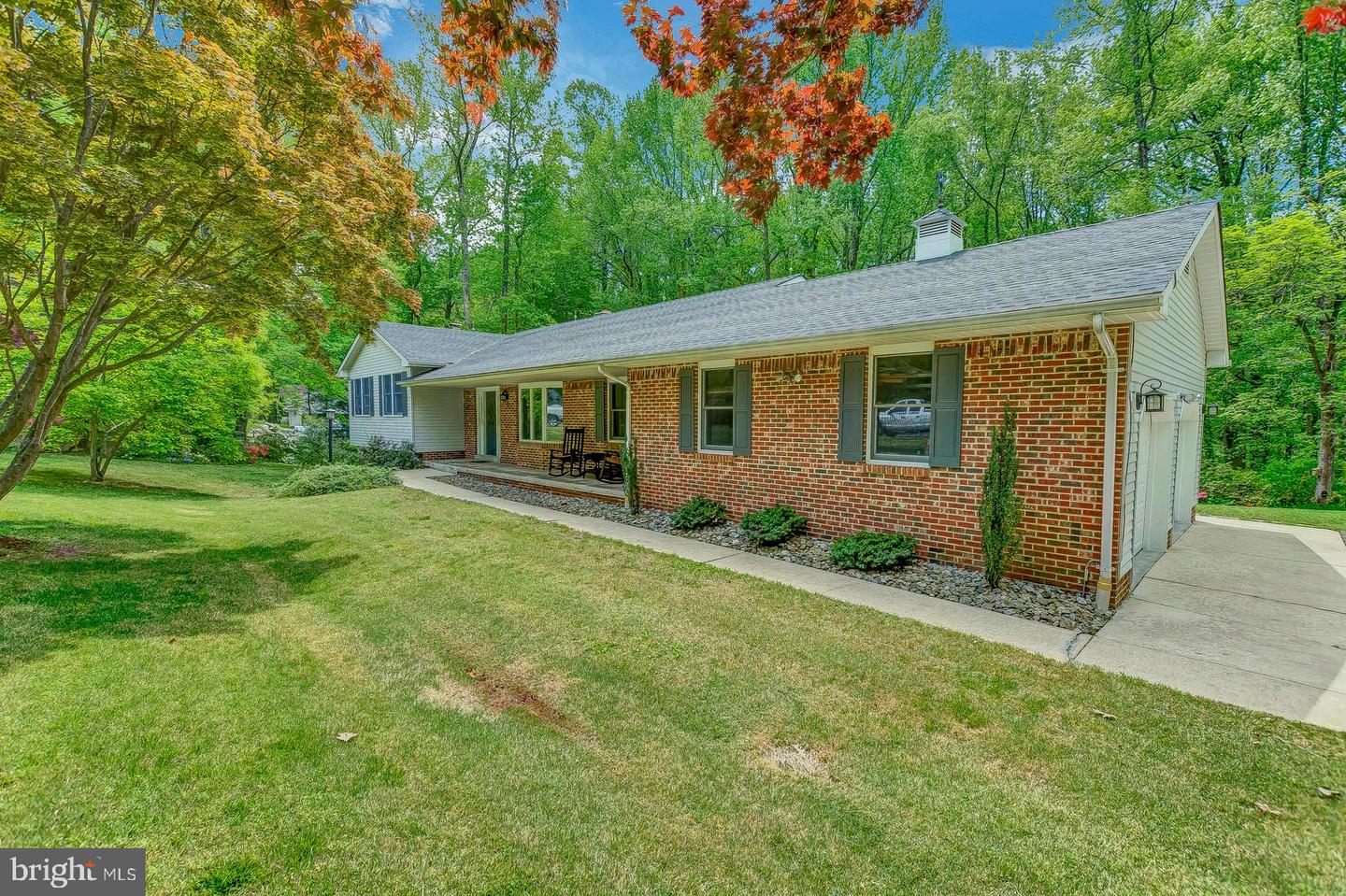 Additional photo for property listing at 6520 Wilson Rd Friendship, Maryland 20758 United States