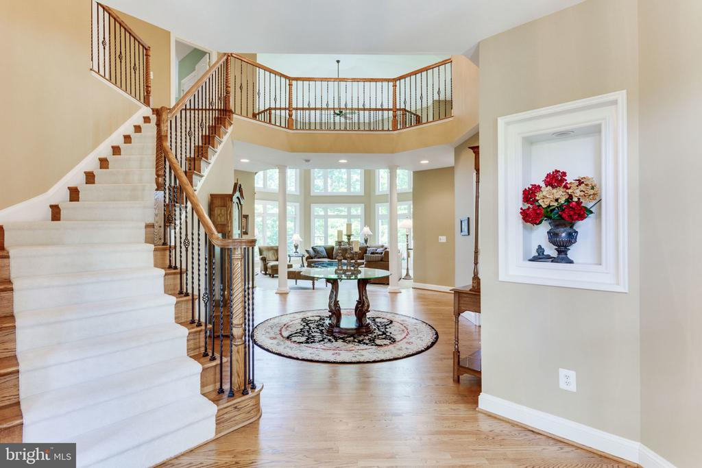 Open vista from foyer to Family Room! - 3530 SAINT AUGUSTINE LN, OAKTON