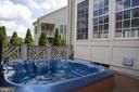 Hot tub - 43122 ROCKY RIDGE CT, LEESBURG