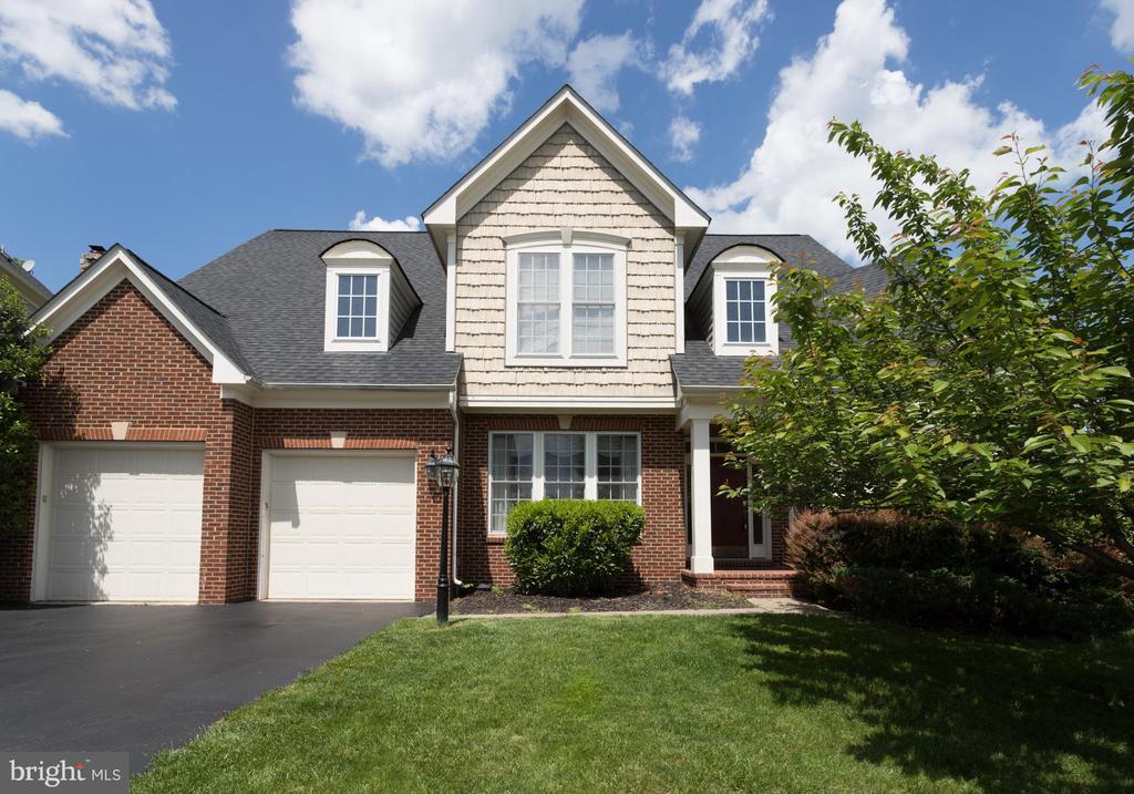 Welcome home! - 43122 ROCKY RIDGE CT, LEESBURG
