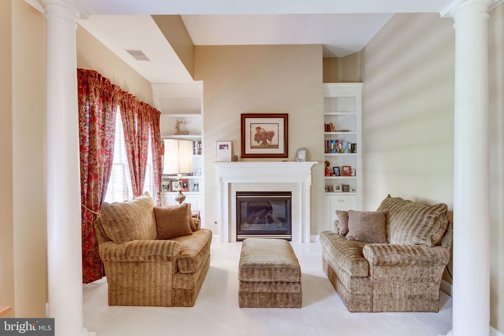 Master Bedrm Sitting area & fireplace! - 3530 SAINT AUGUSTINE LN, OAKTON