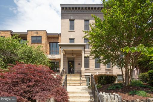 1323 CLIFTON ST NW #2