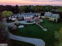 An outstanding estate - 11408 HIGHLAND FARM CT, POTOMAC