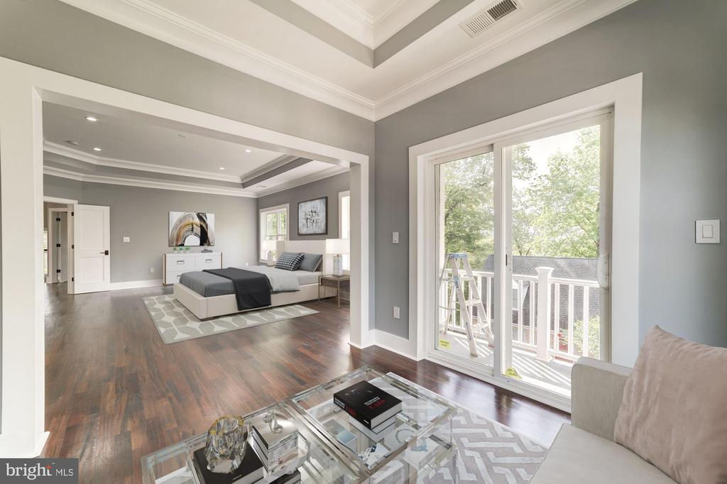 Master Bedroom w/Sitting Rm + Balcony - 4030 18TH ST S, ARLINGTON
