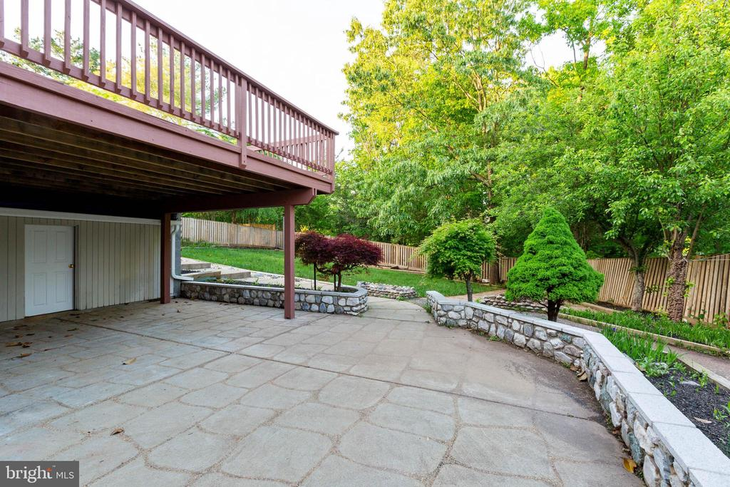 Patio - 46888 DUCKSPRINGS WAY, STERLING