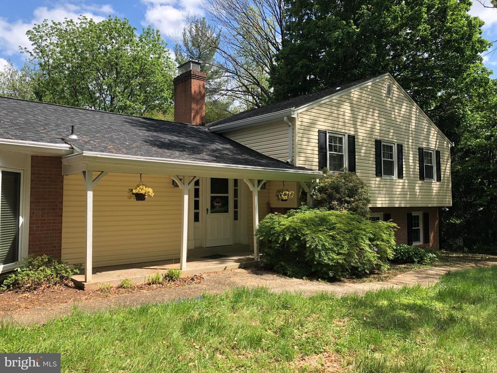 13120  CHESTNUT OAK DRIVE, Gaithersburg in MONTGOMERY County, MD 20878 Home for Sale