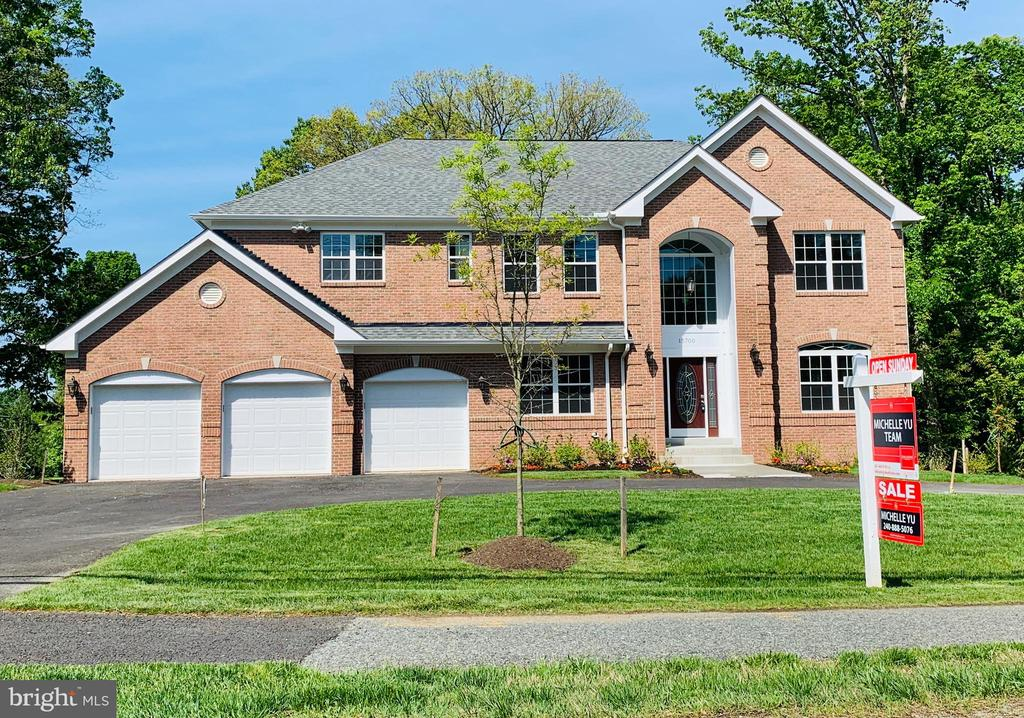 15700  QUINCE ORCHARD ROAD, Gaithersburg, Maryland