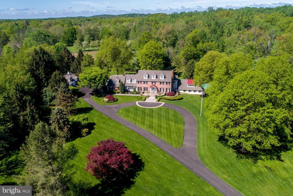 3102  ASH MILL ROAD, Doylestown, Pennsylvania
