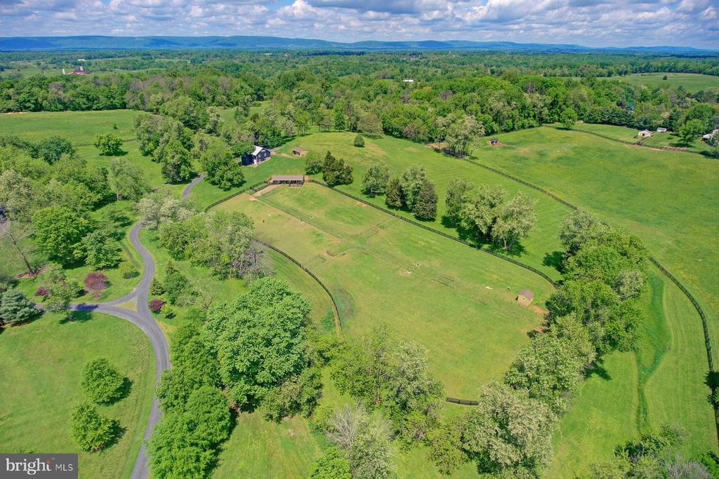 94+ acres of pristine Virginia countryside - 22941 FOXCROFT RD, MIDDLEBURG