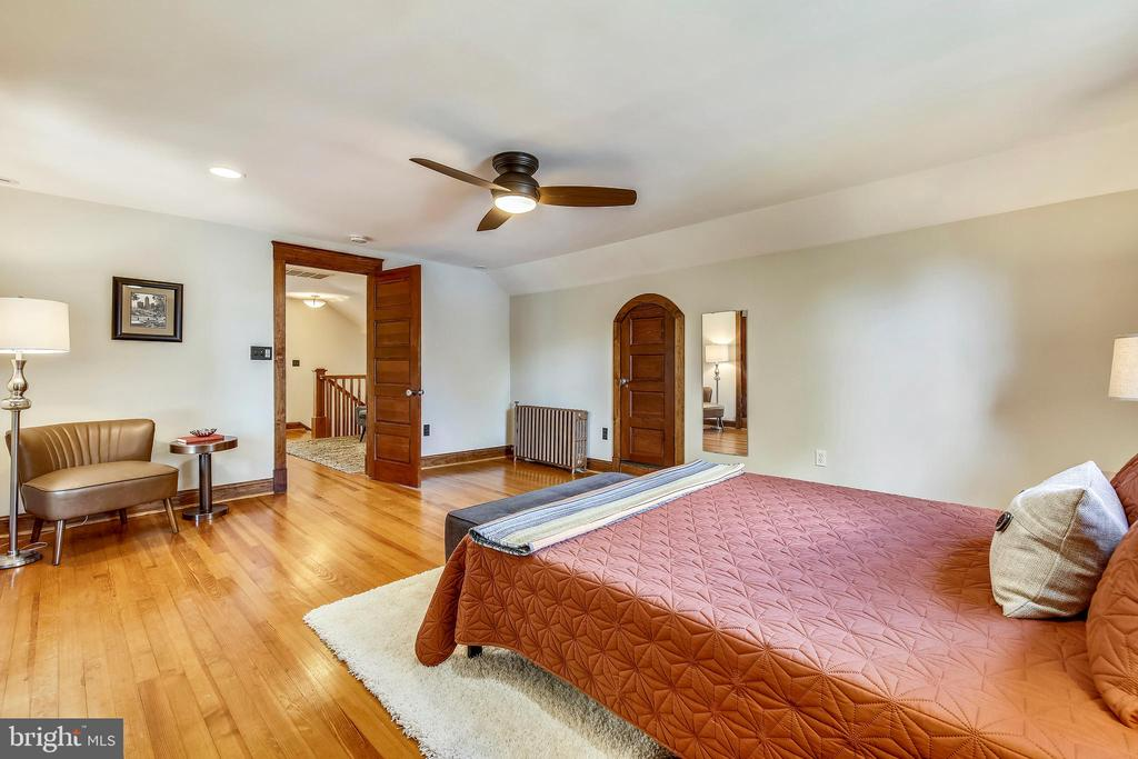 One of two upstairs bedrooms - 9220 COLUMBIA BLVD, SILVER SPRING